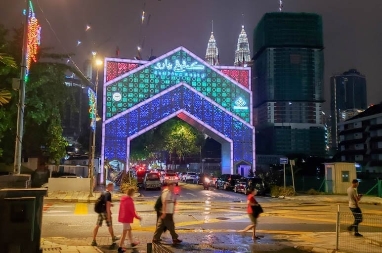 Kampung Baru at night and in the rain. A little rain couldn't stop this Malaysian Street Food Tour!