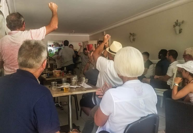 Watching France win the World Cup with villagers in Saint-Martin-le-Beau