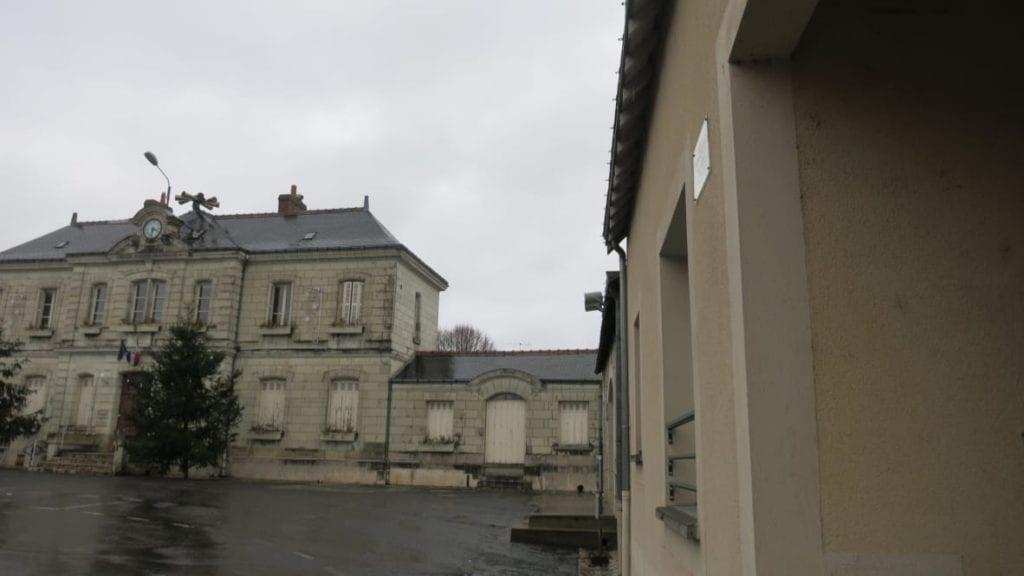 Saint-Martin-le-Beau city hall