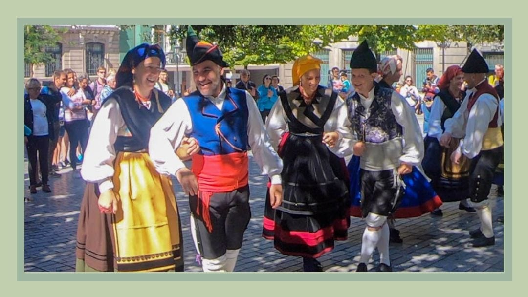 Dancers in Ovieto