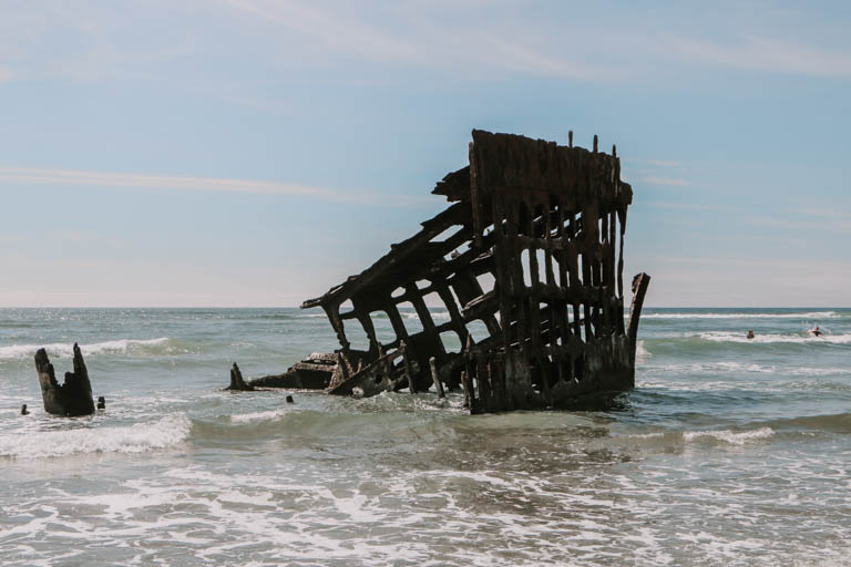 wreck of the peter iredale on the Oregon Coast